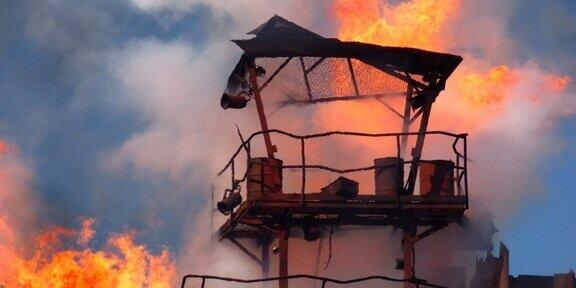 Fatal explosion hits transit hub